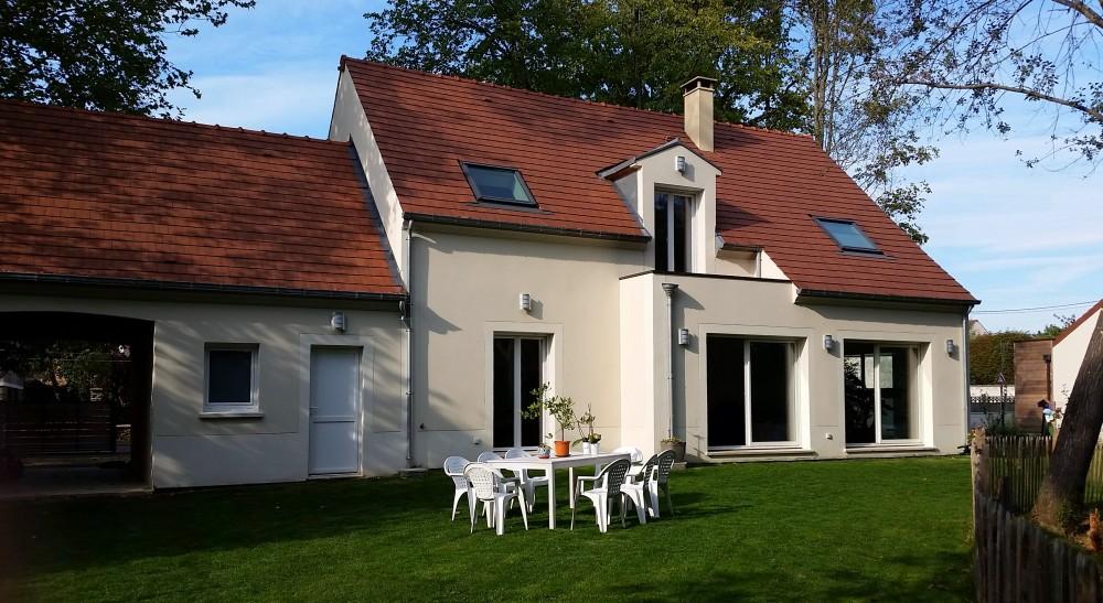 Maison individuelle pontcarr a2m for Application rt 2012 maison individuelle